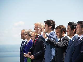 2,9 milliárd dollárt ajánlottak fel a G7-en a nők oktatására válság sújtotta övezetekben