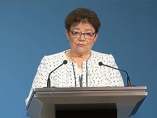 Müller Cecília szerint indokolt fenntartani a korlátozásokat