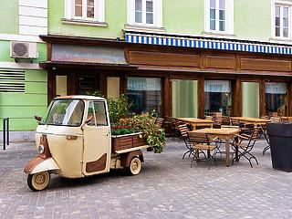 Szlovéniában is nyitnak a vendéglátóhelyek