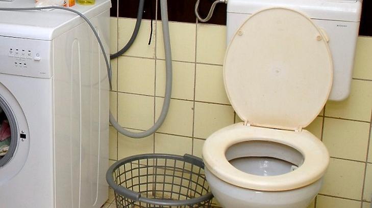 Stagnál a koronavírus örökítőanyaga az ország szennyvizeiben. Fotó: mti