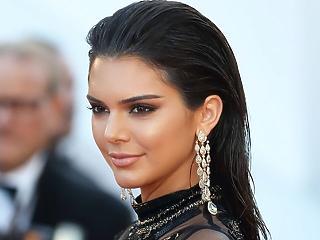 Kylie Jenner hazavágta a Snapchat árfolyamát