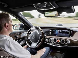Zöld utat kapott a Daimler, kezdheti az önvezető kocsik tesztelését Peking utcáin
