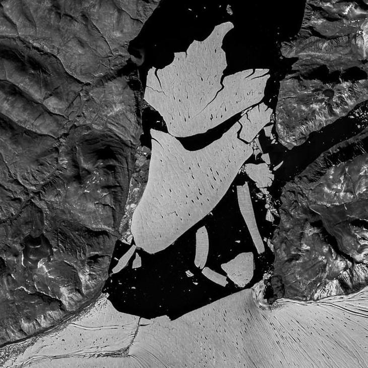 A letört jégdarab, műholdfelvételen. (Forrás: Copernicus data/ESA/SENTINEL-2B)