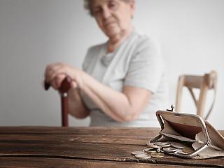 17 milliárdot buknak az alacsony emelés miatt a nyugdíjasok