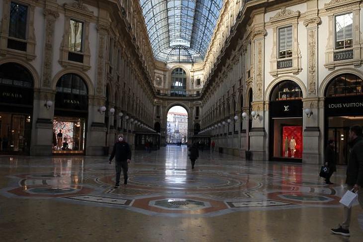 Milánóban minden üzletet bezártak