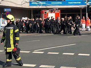 A tömegbe hajtott egy furgon Münsterben, többen meghaltak