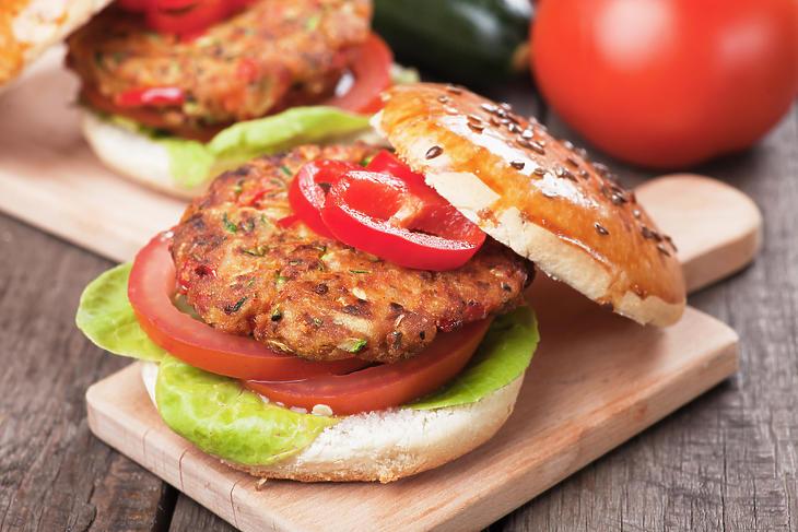 Egy jó vegán burgert? Fotó: Deppositphotos
