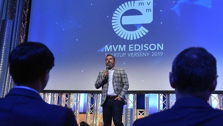 Kóbor György, az MVM vezérigazgatója az MVM Edison startup versenyen. MTI/Máthé Zoltán