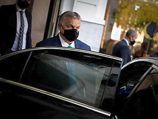 Sok pénz és sok politika: hova is konvergál Magyarország?