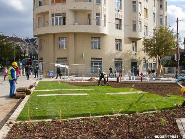 Nagy ugrás a Széll Kálmán tér felújításában