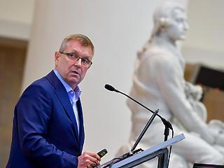 Matolcsy György: Magyarország is beléphet a fejlődő országok közé