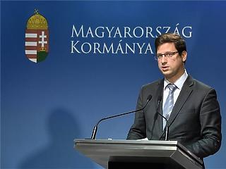 Gulyás Gergely szerint reális, hogy a választásig nem ül össze a parlament