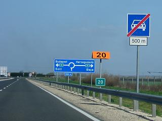 Új autópályát kapnak a nyugati és déli határnál élők