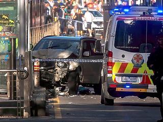 Rosszul bánnak a muszlimokkal, ezért hajtott a tömegbe a Melbourne-i gázoló